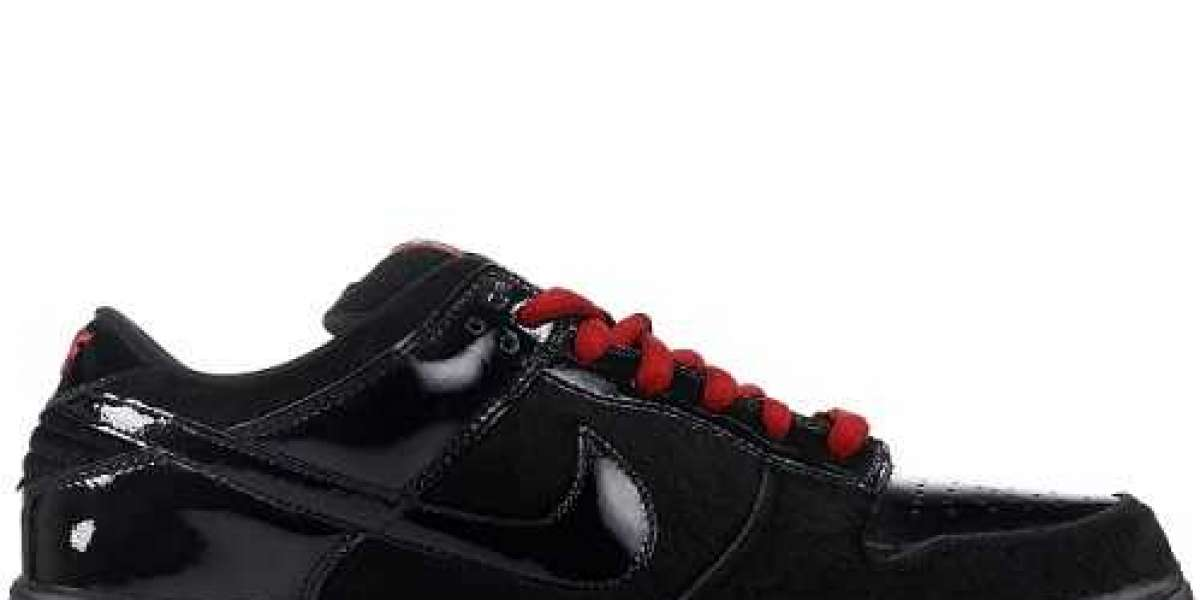 Nike Air Force 1 in Linea